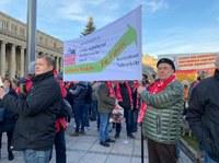 Internationale Automobilarbeiterkonferenz auf der Kundgebung der IG-Metall am 22.11. in Stuttgart