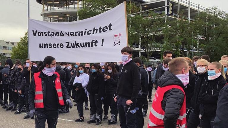 Opel Vorstand vernichtet unsere Arbeitsplaetze.png