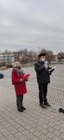 Protestaktion vor dem Daimler Werk Sindelfingen - gegen geplante Massenentlassungen, Werkschließungen und Kürzungen
